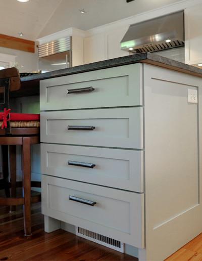 coastal_creations_kitchen_design_martha's_vineyard_10