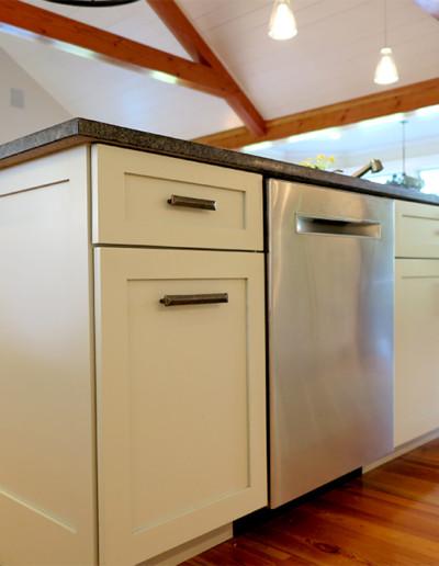coastal_creations_kitchen_design_martha's_vineyard_9
