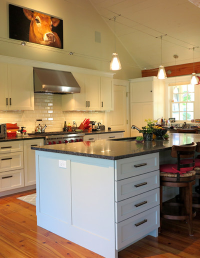 coastal_creations_kitchen_design_marthas_vineyard